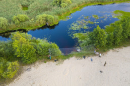 The team setting up nets for bat catching. Pripiat-Stokhid National Park in the Polesie area, Ukraine. Photo taken with a drone. © Daniel Rosengren