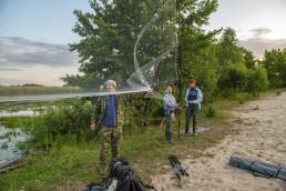 The team setting up nets for bat catching. Pripiat-Stokhid National Park in the Polesie area, Ukraine. © Daniel Rosengren